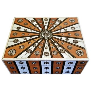 19th Century Anglo Indian Vizagapatam Sunburst Pattern Rectangular Box For Sale