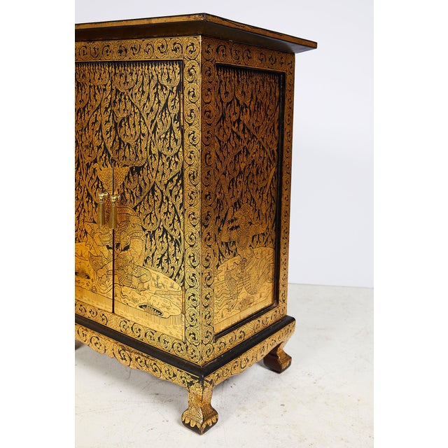 Pair of Thai Manuscript Cabinets of Lacquer and Gold Leaf, 20th Century For Sale - Image 10 of 13