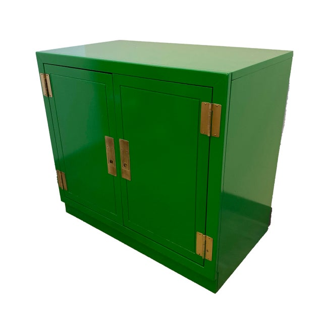 Mid 20th Century Mid Century Kelly Green Campaign Chests-a Pair For Sale - Image 5 of 9