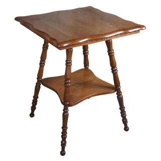 Late Victorian Quartersawn Oak Parlor Serpentine Top Table For Sale