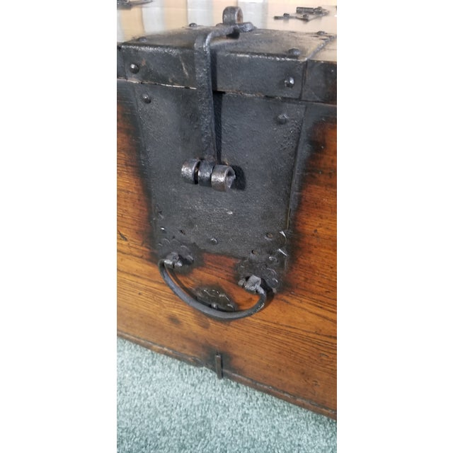 Antique Korean Dowry Small Chest For Sale In Chicago - Image 6 of 12