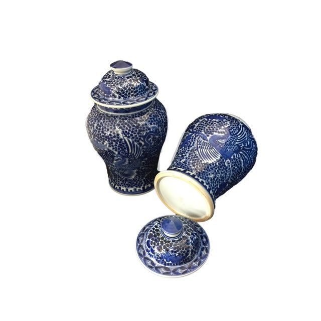 Blue & White Lidded Ginger Jars - a Pair - Image 4 of 9