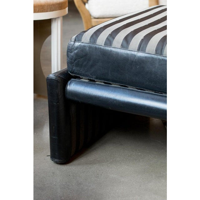 Daybed or chaise lounge by Fendi Roma, Italy, 1980s Heavy frame upholstered in black leather with thick cushion and...