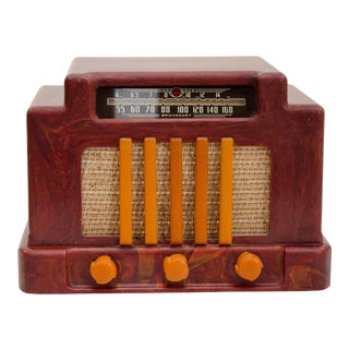 Art Deco Catalin Radio, Addison Model 5D For Sale