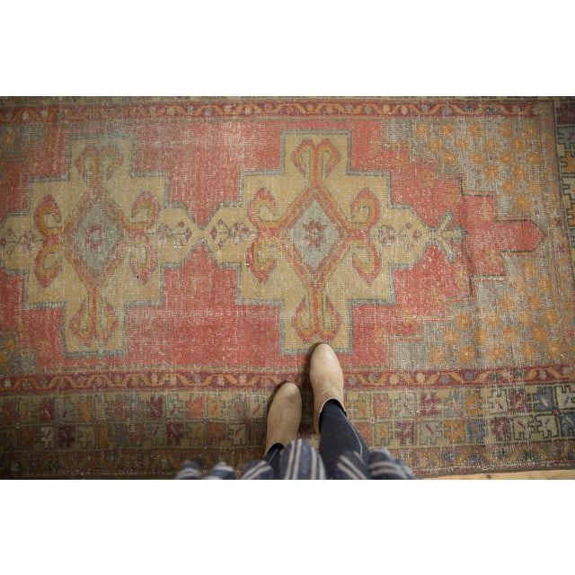 "1960s Vintage Distressed Oushak Rug - 4'7"" x 8'4"" For Sale - Image 5 of 11"