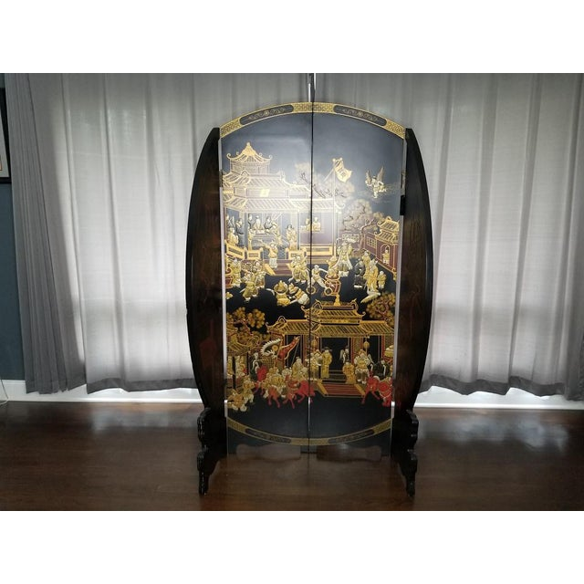 Large Vintage Black and Gold Round Asian Screen or Room Divider For Sale - Image 4 of 8
