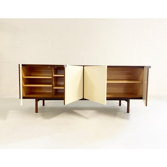 Mid-Century Modern Florence Knoll Model 541 Cabinet For Sale - Image 3 of 10