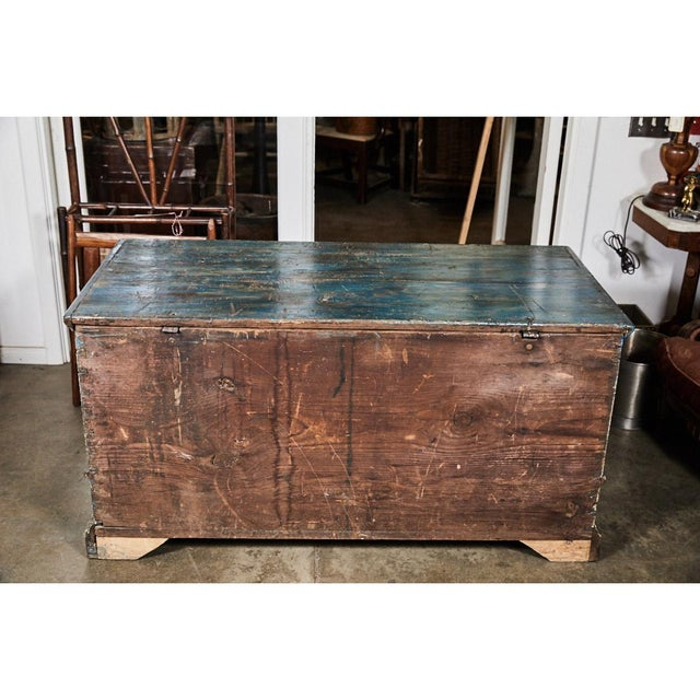 Early American Pennsylvania Blanket Box/ Dowry Chest For Sale - Image 3 of 9