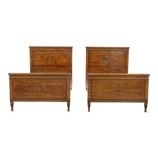 Pair Vintage 1930s Satinwood Adams Style Twin Beds For Sale