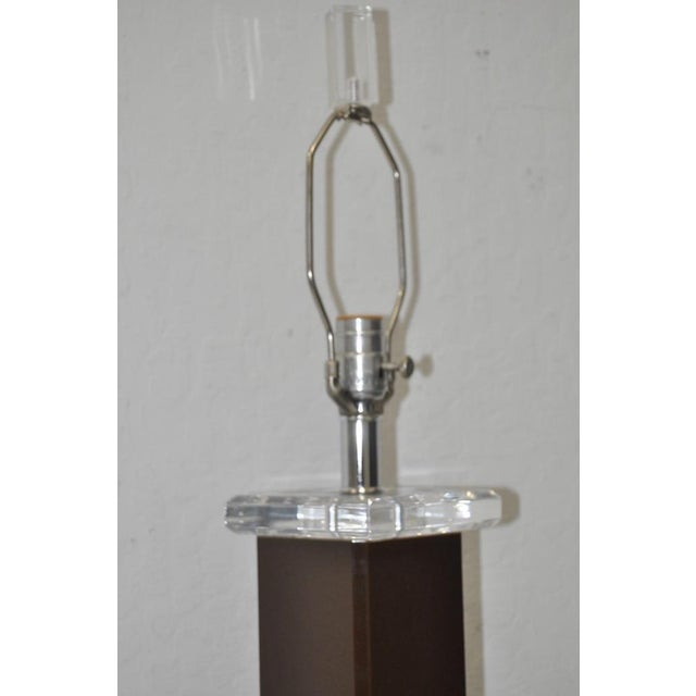 Vintage Brown Lucite Table Lamp - Image 6 of 6