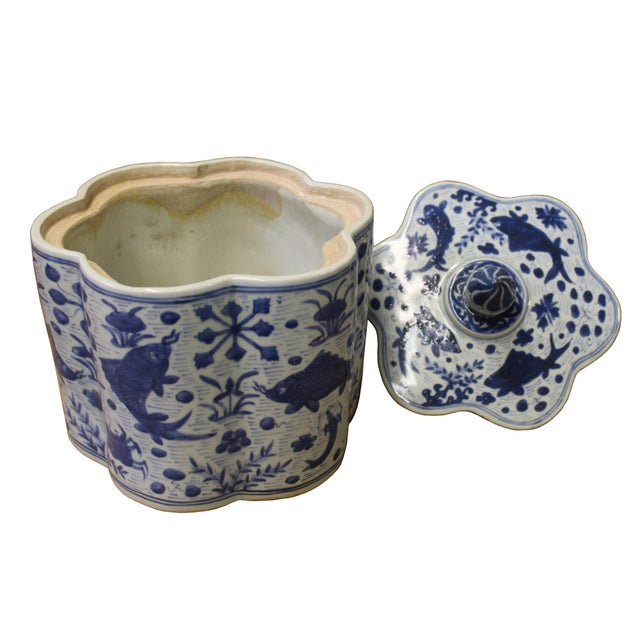 Chinese Blue White Flower Shape Porcelain Fishes Flowers Accent Jar For Sale - Image 5 of 7
