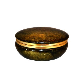Vintage Italian Genuine Hand Carved Emerald Green Alabaster Box With Brass Ring For Sale