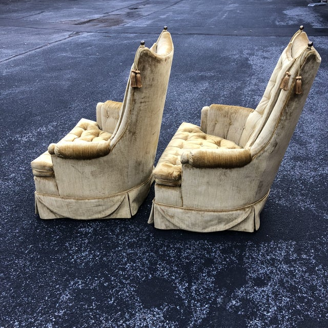 1970s Vintage Hollywood Regency Style Velvet Tufted Tassel Club Chairs - A Pair For Sale In Baltimore - Image 6 of 13