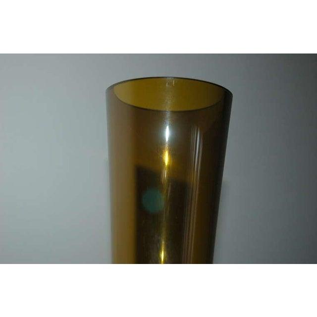 1950s Vintage Arthur Percy for Gullaskruf Swedish Glass Vase Amber For Sale - Image 5 of 7
