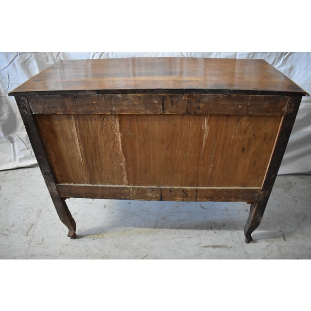 18th Century Italian Walnut Commode For Sale - Image 4 of 6