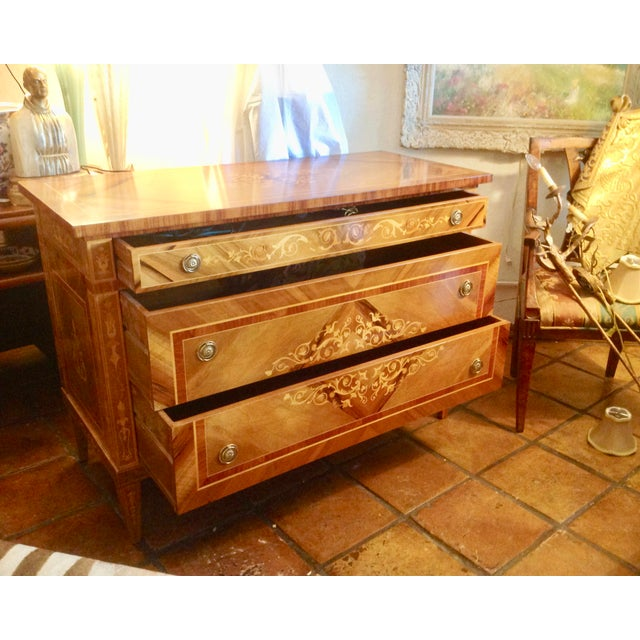 Neoclassical 1960s Inlaid Italian Neoclassic Commode For Sale - Image 3 of 13