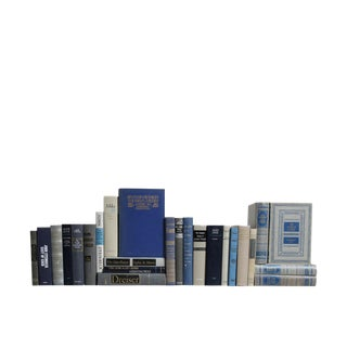 Colonial Blue World Classics : Set of Twenty Five Decorative Books
