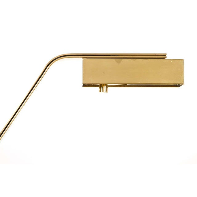 Casella Cantilevered Flat Bar Pivot Reading Lamp For Sale In New York - Image 6 of 8