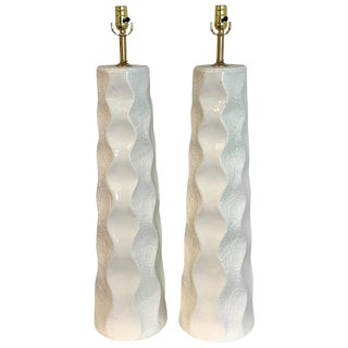 Large Pair of Mid-Century Modern Undulating Textured Column Lamps, in White For Sale