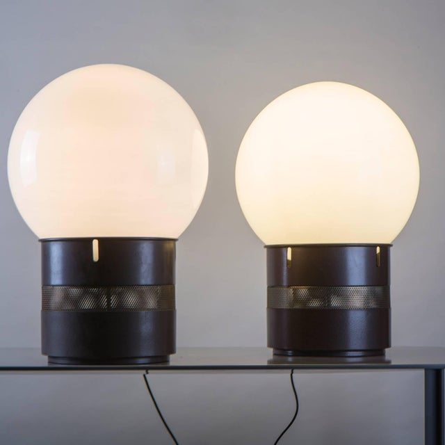 """Pair of """"Mezzo Oracolo"""" Table Lamps by Gae Aulenti for Artemide For Sale - Image 5 of 9"""