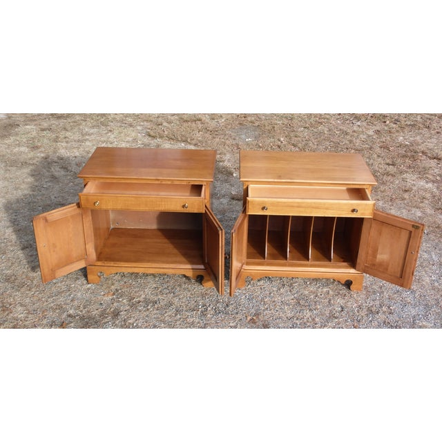 Country Pair Beal's Solid Rock Maple Nightstands Bedside Cabinets End Tables Record Cabinet For Sale - Image 3 of 13
