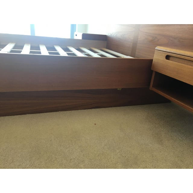 Danish Modern Teak Queen Platform Bed With Nightstands - Image 6 of 7