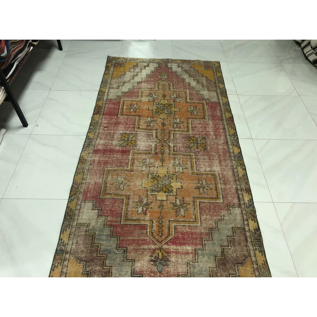 1960s 1960s Vintage Turkish Handmade Wool Aztec Rug- 4′ × 8′5″ For Sale - Image 5 of 11