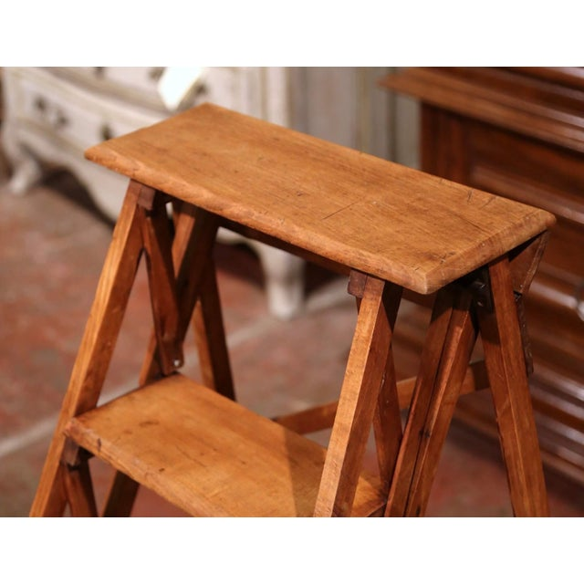 French 19th Century French Napoleon III Carved Walnut Folding Library Five-Step Ladder For Sale - Image 3 of 10