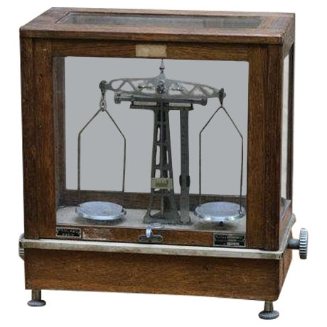 Vintage Chemists Scale - Image 1 of 6