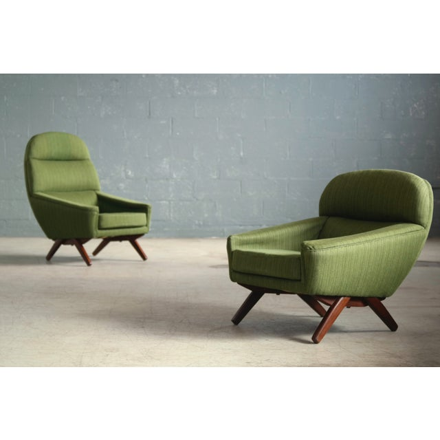 The spectacular design and rounded forms and scissor style base of these Leif Hansen designed chairs is very reminiscent...