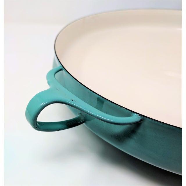 1950s Danish Modern Jens Quistgaard Dansk Ihq Kobenstyle Turquoise Enamel Paella Pan For Sale In Sacramento - Image 6 of 8