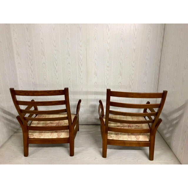 Lucian Ercolani 1980s Mid-Century Modern Ercol Savlle Arm Chairs - a Pair For Sale - Image 4 of 10