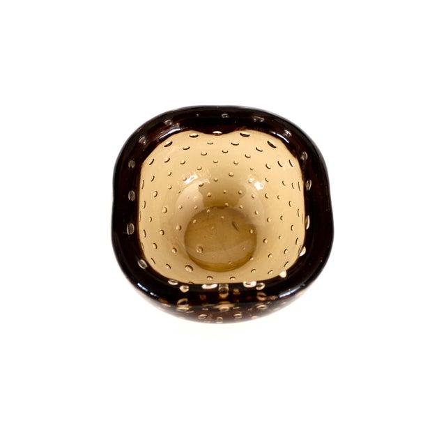 Glass 1950s Carlo Scarpa for Venini Murano Bulicante Small Bowl Amber Glass For Sale - Image 7 of 10