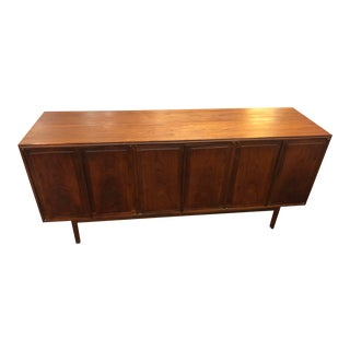 1960s Vintage Jack Cartwright for Founders Walnut Sideboard For Sale