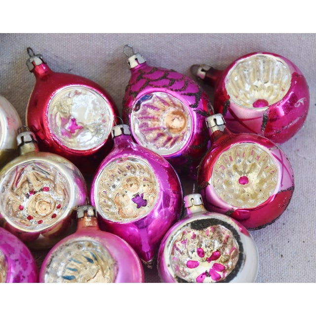 Red Pink & Red Vintage Colorful Christmas Tree Ornaments W/Box - Set of 12 For Sale - Image 8 of 10