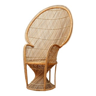 1970s Boho Chic Rattan Peacock Fan Chair For Sale