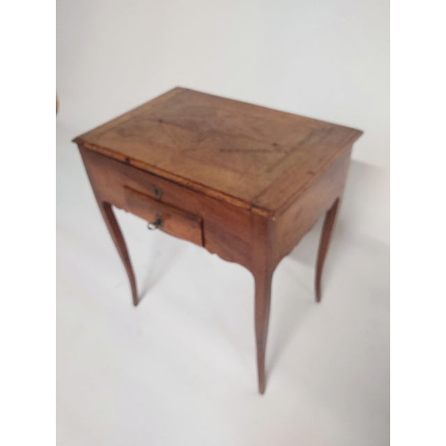 French Early 19th Century Antique French Dressing Table. For Sale - Image 3 of 9