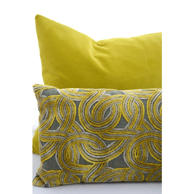 Rich Italian damask velvet and green wool FirmaMenta pillow. Circles pattern in yellow and grey velvet. Handmade in Italy....