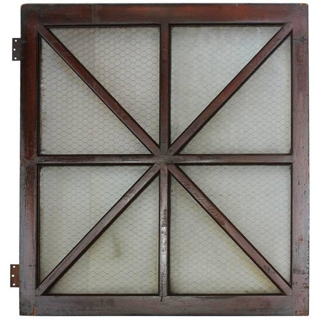 Early 20th Century Early 18th C. Vintage American Wood and Chicken Wire Glass Window For Sale - Image 5 of 5