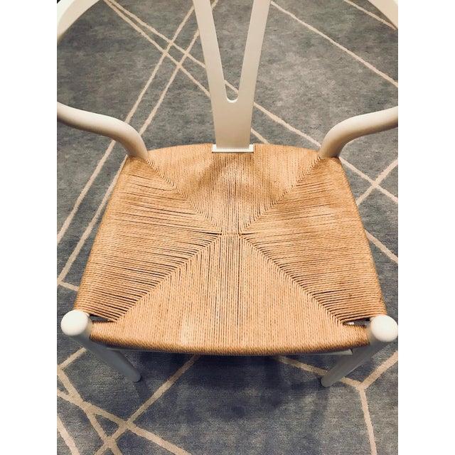 White Hans Wegner White Wishbone Chairs - Set of 6 For Sale - Image 8 of 11