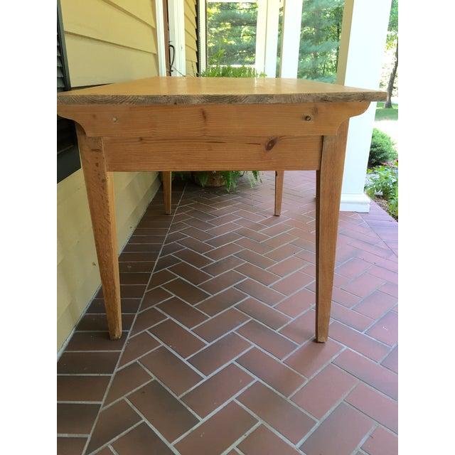 French Pine Single-Drawer Desk - Image 3 of 11