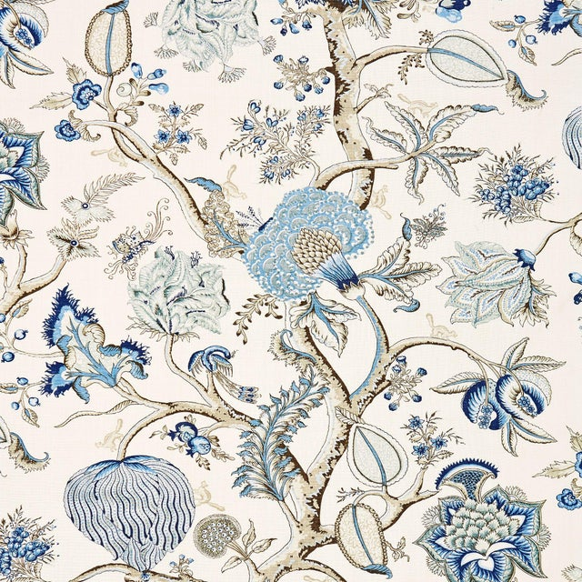From the Scalamandre Oriana Collection, Printed fabrics.