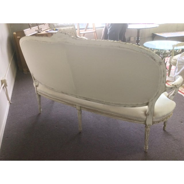 1920s Antique French Settee With Worn White Painted Finish For Sale - Image 5 of 12