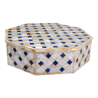 Makrana Marble Box from Agra India Inlaid with Lapis and Abablone For Sale