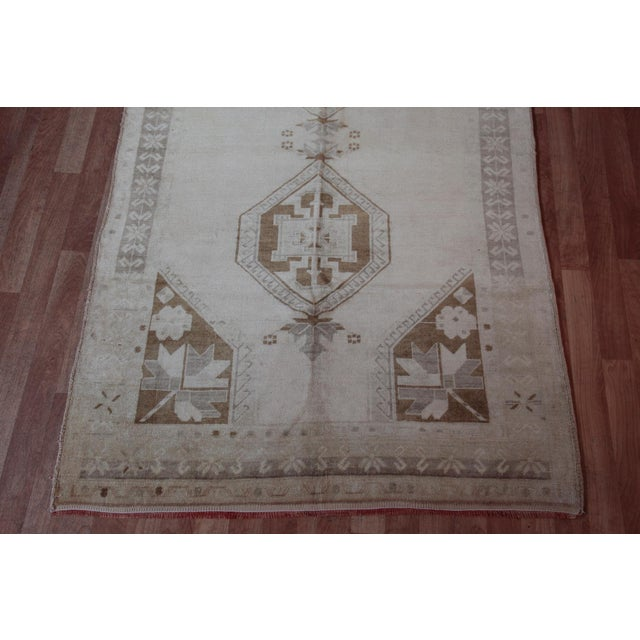 This is a beautiful example of Oushak Medallion Design Carpet, it is a handmade Anatolian Carpet from Oushak Region, which...