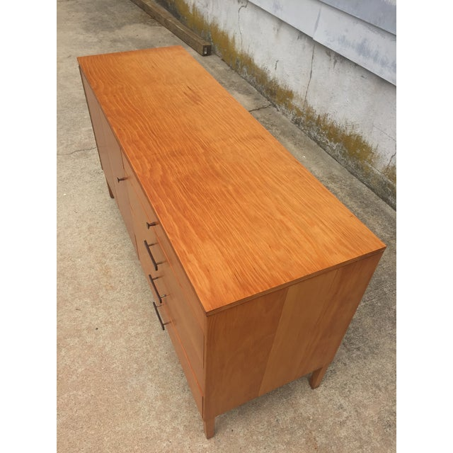 Mid-Century Modern Paul McCobb Winchendon Perimeter Group Bow Tie Pull Cabinet For Sale In Philadelphia - Image 6 of 8