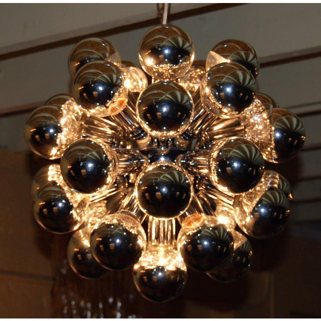 Mid-Century Modern 1960s Italian Sputnik Chandelier With 32 Lights For Sale - Image 3 of 8