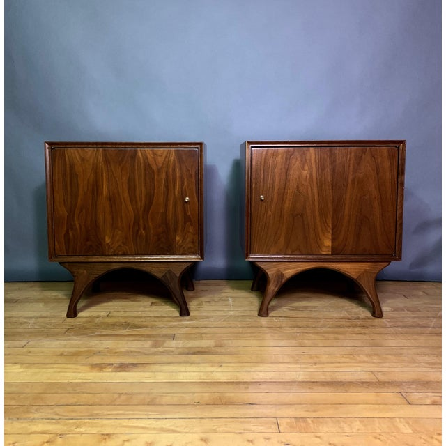 1960s American Modern Walnut and Brass Nightstands For Sale - Image 10 of 10