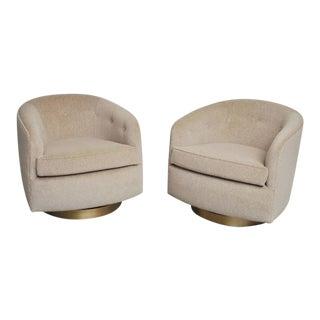 1970s Vintage Milo Baughman Swivel Chairs- A Pair For Sale