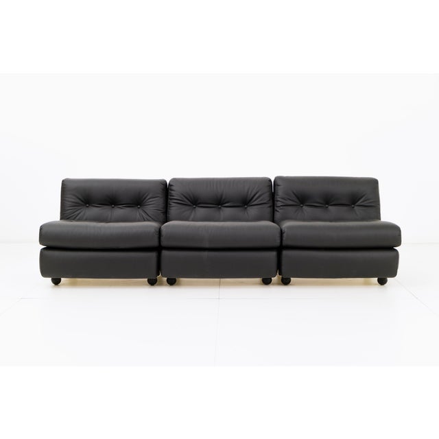 Italian Mario Bellini Amanta Sofa for C&B Italia For Sale - Image 3 of 10
